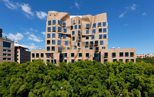 シドニー工科大学
