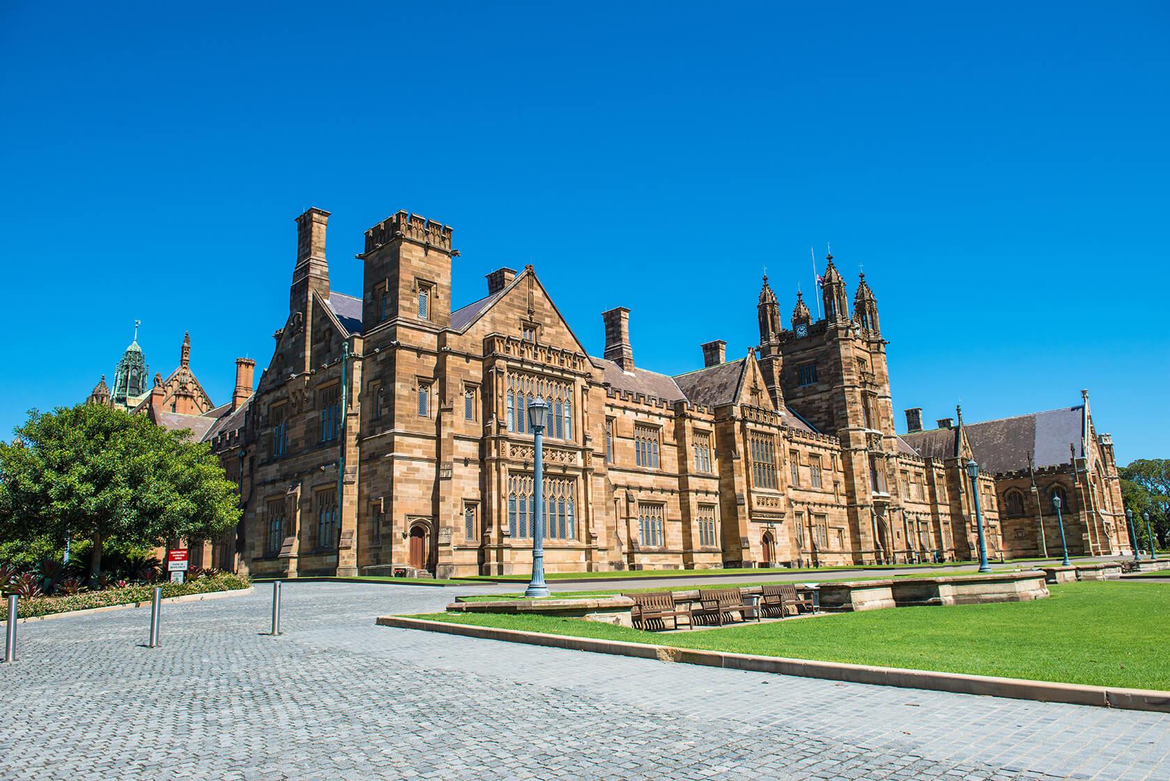 シドニー大学へ進学したい学生、語学留学の両方にお勧めする シドニーの語学学校CET(Centre for English Teaching)