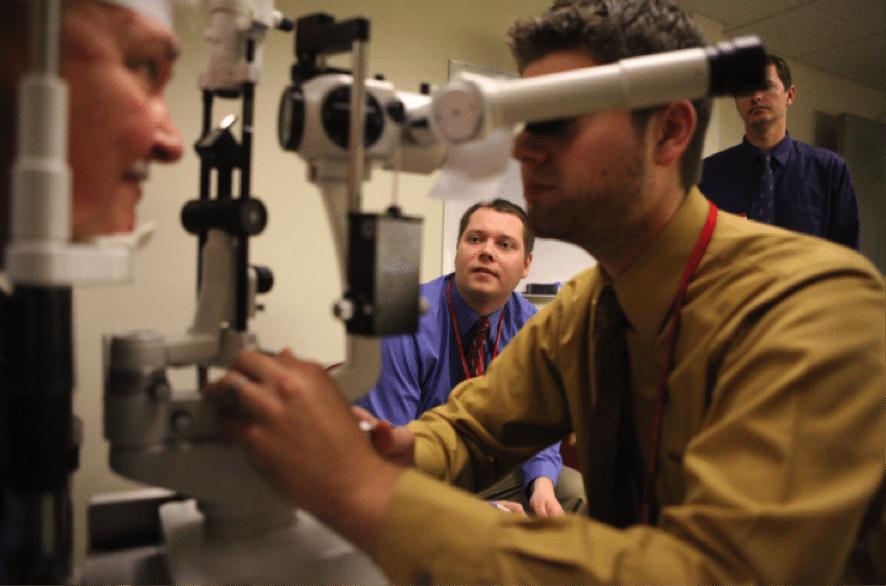 オーストラリアの大学:視力測定 or 検眼(Optometry)学科